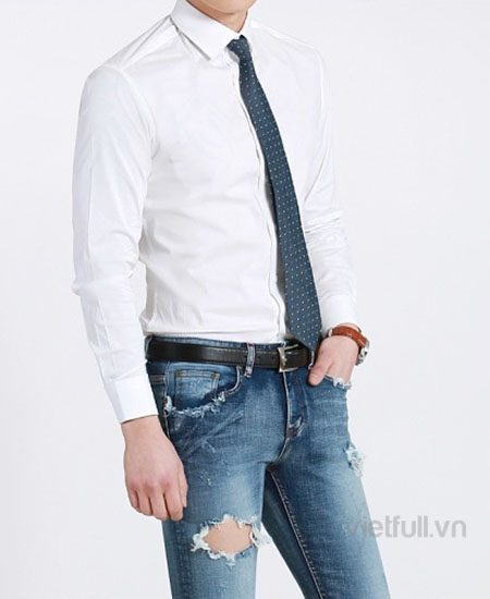 Sơ mi trắng phối quần jean
