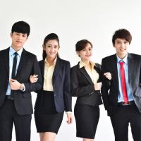 Đồng phục công ty bảo hiểm và nhân viên bảo hiểm tại sao cần phải có ?